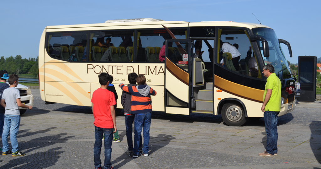 Transporte escolar regresso as aulas 1 1024 800